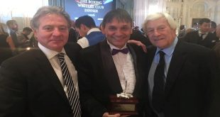 Chris Sanigar Receives Outstanding Contribution To Boxing Award