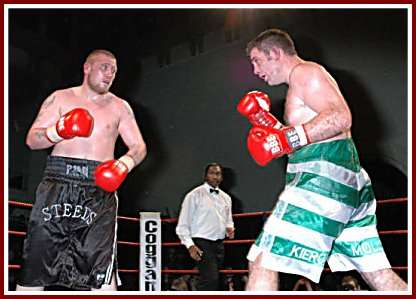 Colin Kenna Mickey Steeds boxing4 Ringside Boxing Report: Colin Kenna   Mickey Steeds