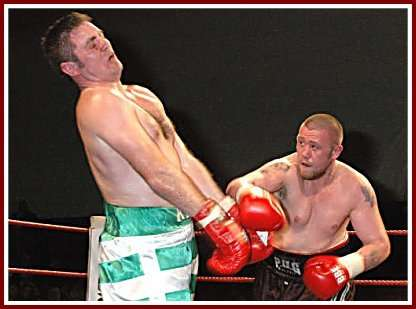 Colin Kenna Mickey Steeds boxing5 Ringside Boxing Report: Colin Kenna   Mickey Steeds