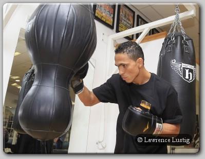 Darleys Perez WBA Champion Perez Coming To UK To Destroy Anthony Crolla