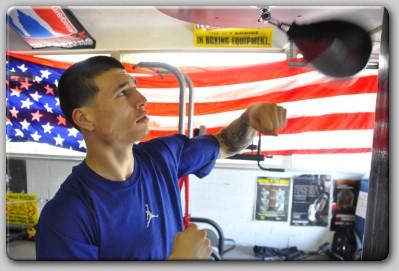 http://www.saddoboxing.com/boxing_images2/Dusty-Hernandez-Harrison.jpg