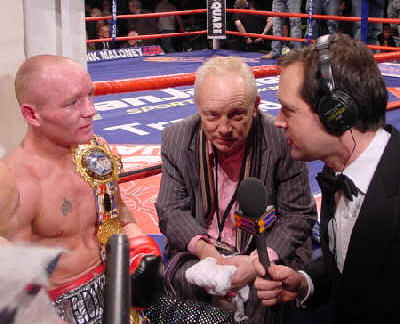 EdwardsMcDonnel1 Ringside Boxing Report: Chris Edwards vs. Jamie McDonnel