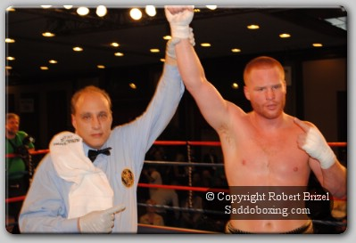 FarrellWins31 Irish Paddy Boy Farrell Wins Patricks Day Heavyweight Slugfest