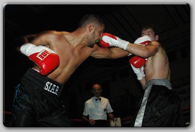 Siar Ozgul Teen Sensation Ozgul Faces 'Old Master' Scriven In London