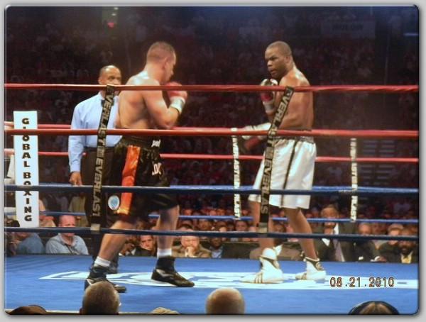 Ringside Boxing Report: Tomasz Adamek vs  Michael Grant