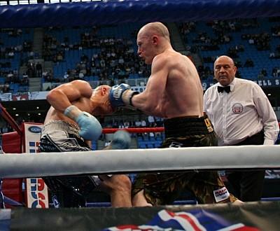 Watson Hatton41 Ringside Boxing Report: Craig Watson Vs. Matthew Hatton