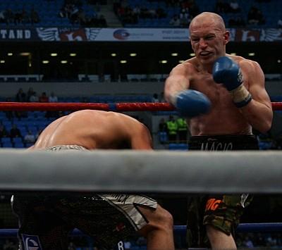 Watson Hatton51 Ringside Boxing Report: Craig Watson Vs. Matthew Hatton