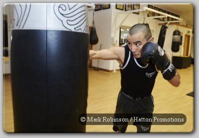 Zhanat Zhakiyanov Zhakiyanov Hunting Down WBC Bantam Champ Yamanaka