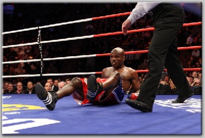 Bradley v Holt21 Showtime Boxing: Bradley, Andrade Win Big Fights In Montreal
