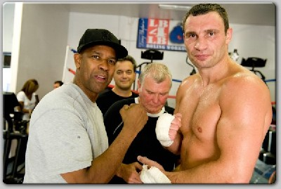 Denzel Washington Klitschko1 Hollywood Star Denzel Washington Meets WBC Boxing Champ Klitschko