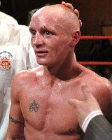 Edwards Robinson11 Boxing Result: Chris Edwards   Dale Robinson 2