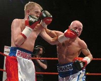 Edwards Robinson3 Boxing Result: Chris Edwards   Dale Robinson 2