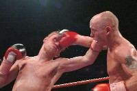 Edwards Robinson5 Boxing Result: Chris Edwards   Dale Robinson 2