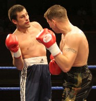 Elwell Matviechuk2 Ringside Boxing Report: Colin Lynes   Young Mutley