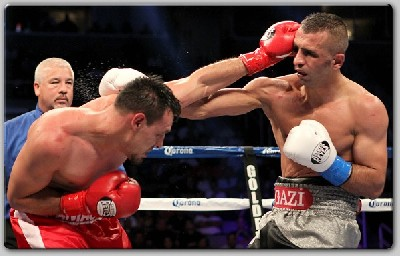 GuerreroAydin fight1 Guerrero Edges Aydin In Welterweight Barn Burner