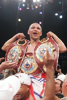 Boxing Result: Calderon Dethrones Cazares For WBO Title