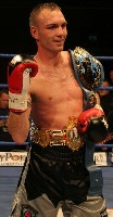 LynesWinner Ringside Boxing Report: Colin Lynes   Young Mutley