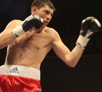 Macklin Udalov4 Ringside Boxing Report: Colin Lynes   Young Mutley
