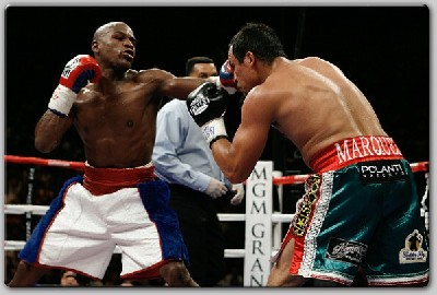 MayweatherMarquezresult1 Boxing Result: Mayweather Returns To School Marquez