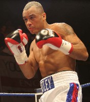 Muttley Lynes4 Ringside Boxing Report: Colin Lynes   Young Mutley