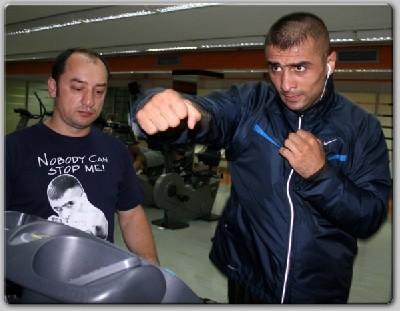 Selcuk Aydin photo1 Arena Boxing: Aydin Ready For Bonsu In WBC Eliminator