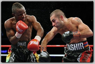VicDarchinyan vs JosephAgbeko fight1 Boxing Result: Agbeko Upsets Darchinyan, Retains IBF Title In Florida