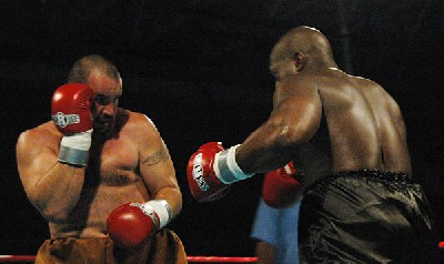 brown west21 Heavyweight Boxing Prospect Mark Oak Tree Brown Victorious In New Jersey