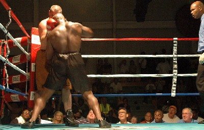 brown west31 Heavyweight Boxing Prospect Mark Oak Tree Brown Victorious In New Jersey