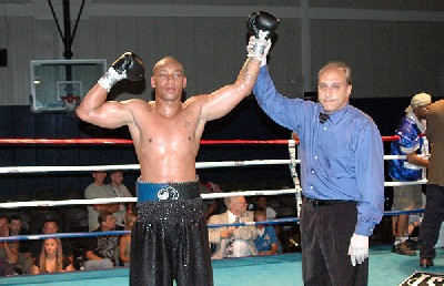 brown west81 Heavyweight Boxing Prospect Mark Oak Tree Brown Victorious In New Jersey