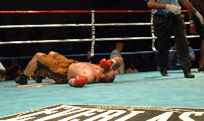 brown west9 Heavyweight Boxing Prospect Mark Oak Tree Brown Victorious In New Jersey
