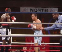 castillo ngoudlu fight41 Ringside Boxing Report: Hatton and Castillos victories pave the way for a June showdown.
