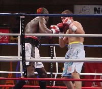 castillo ngoudlu fight71 Ringside Boxing Report: Hatton and Castillos victories pave the way for a June showdown.