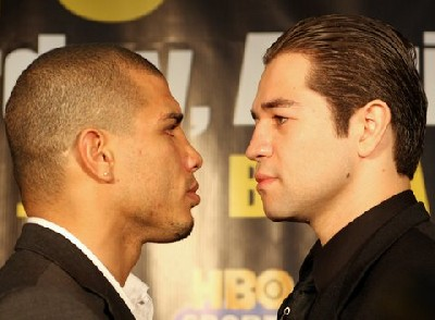 cotto gomez1 Boxing Press Conference: Cotto vs Gomez, Cintron vs Margarito II
