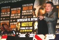 floyd hatton london6 Boxing Press Conference: Ricky Hatton vs. Floyd Mayweather in London