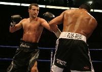 froch reid1 Boxing Round By Round: Carl Froch vs. Robin Reid