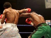 gomez u24 Ringside Boxing Report: John Fewkes vs. Gary Reid