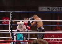 hatton urango fight11 Ringside Boxing Report: Hatton and Castillos victories pave the way for a June showdown.
