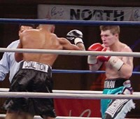 hatton urango fight41 Ringside Boxing Report: Hatton and Castillos victories pave the way for a June showdown.