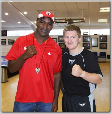 holyfield hatton1 Holyfield Wants The Klitschkos, But Who Is Hatton In Shape For?