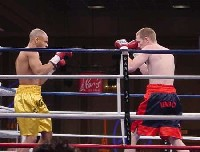 john ibbotson11 Ringside Boxing Report: Hatton and Castillos victories pave the way for a June showdown.