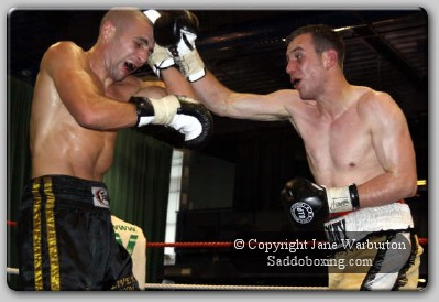 mattvienkomusgrave1 Ringside Boxing Report: Alex Matvienko vs. Jon Musgrave