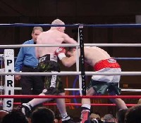 mhatton houghtaling51 Ringside Boxing Report: Hatton and Castillos victories pave the way for a June showdown.