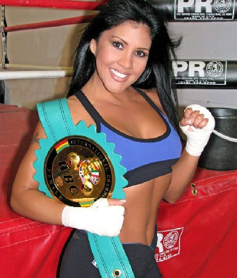mia st john1 Boxing Perspective: Better After 40