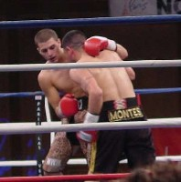 nick smedley41 Ringside Boxing Report: Hatton and Castillos victories pave the way for a June showdown.