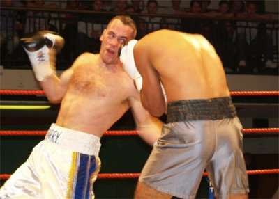 boxing york halls1 Ringside Boxing Report: Ted Bami   Guiseppe Lauri