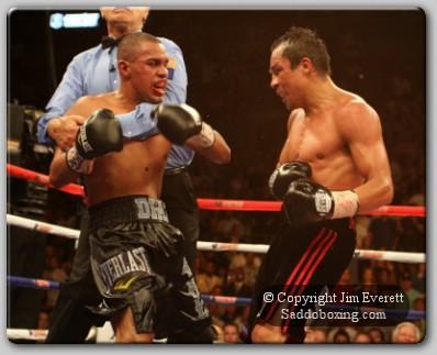 everett diaz marquez 0101 Ringside Boxing Report: Juan Manuel Marquez vs. Juan Diaz II