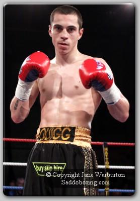 quiggresult1 Boxing Result: Quigg KOs Allione In England