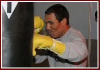 thumb Castillo boxing11 Boxing Preview: Jose Luis Castillo   Rolando Reyes