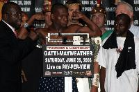 thumb Mayweather weighin Gatti Vs Mayweather Weigh in Photos